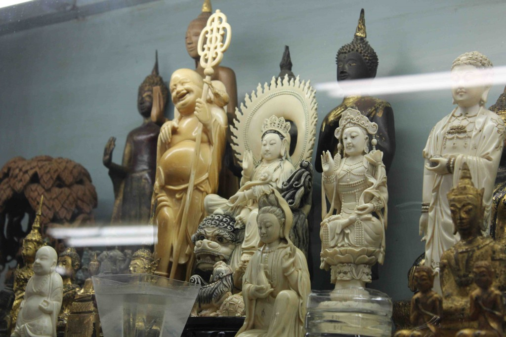 Ivory carvings in Bangkok (T. Matson)